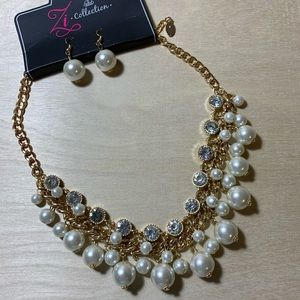 Signature Zi's Paparazzi Retired Necklace